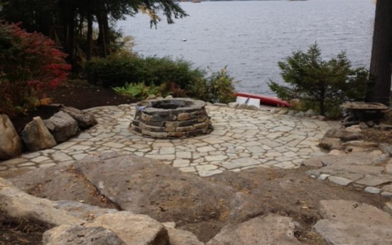 Granite & Southbay Quartzite Fire Pit